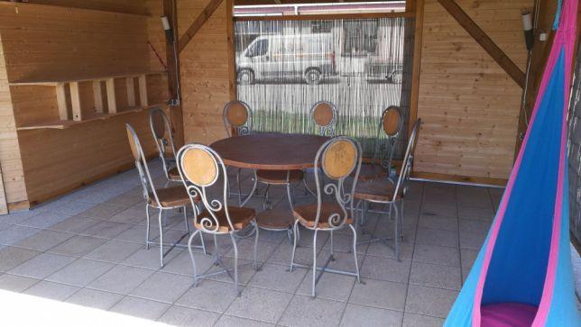 Stół krzesła ogrodowe altanka domek letniskowy ogród