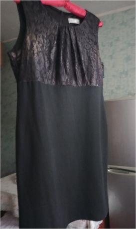 Стрейчевое черное платье с кружевом р. 52