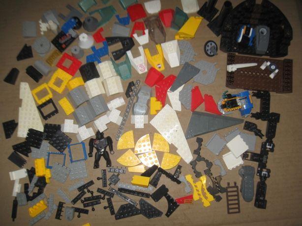 Конструктор Лего. Блочные и фигурные запчасти: арки, конусы, крылья