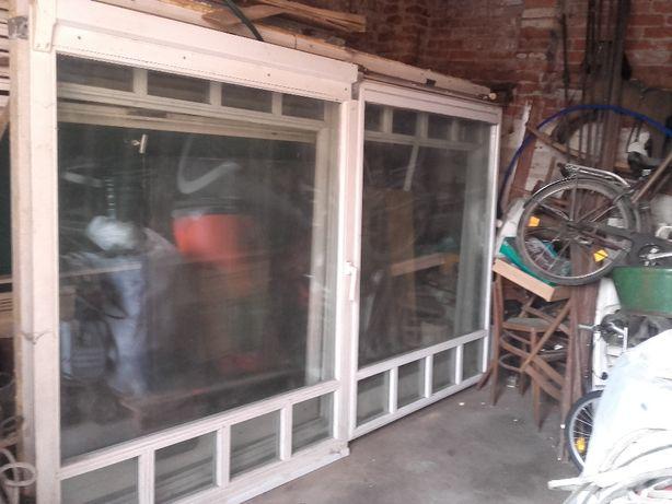 okna wystawowe drewnianne
