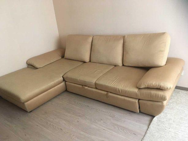 Угловой качественный диван 272 Х168. Б.У