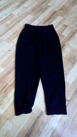 Czarne spodnie eleganckie roz M