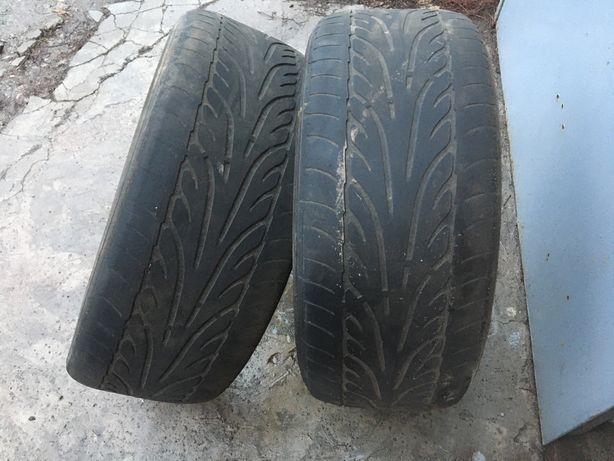 Продам две шины Dunlop SP Sport 235/45 R17