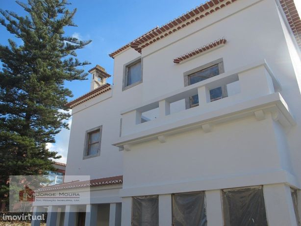 Palacete para remodelação com projecto de arquitectura