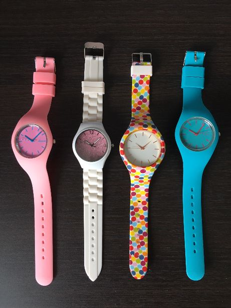 zegarki z silikonowym paskiem 3 sztuki +kolorowy pasek w kropki gratis
