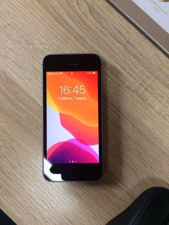 Продам Iphone SE 16 Gb