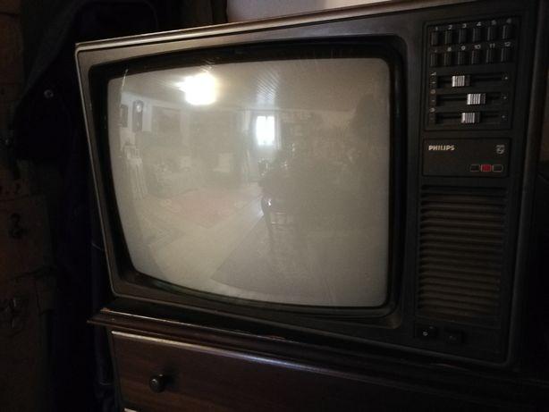 Televisão antiga Philips