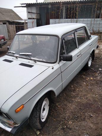 Автомобіль ВАЗ 2106