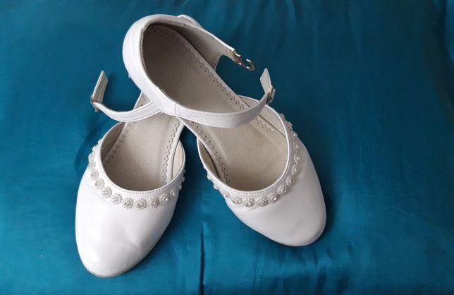 Buty baleriny komunia r.35