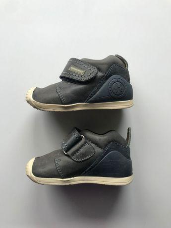 Дитячі черевички biomecanics