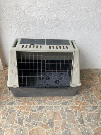 Caixa de transporte para cão