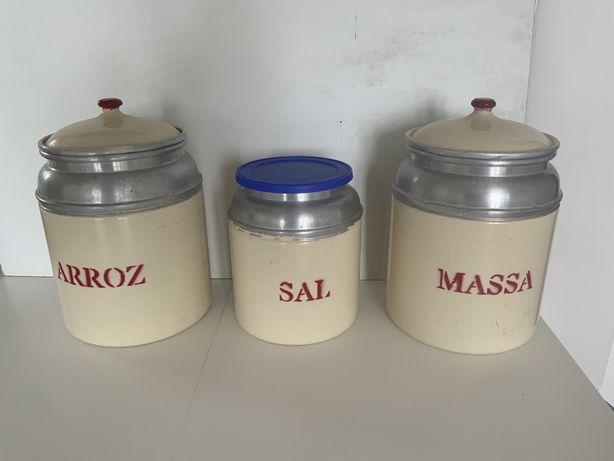 Potes / Recipientes de Cozinha em Aluminio Vintage