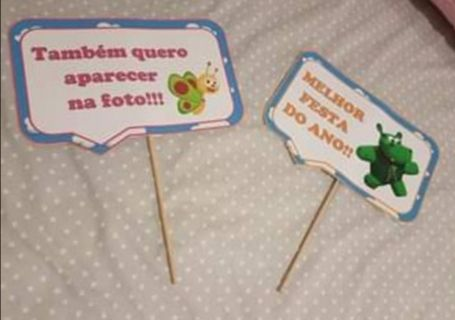 Duas placas Baby Tv