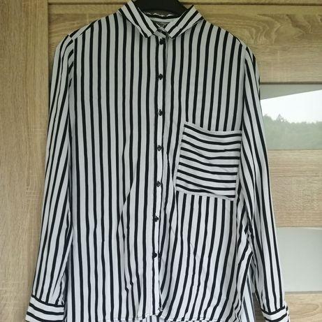 Koszula w paski biało-czarne Bershka rozmiar 38