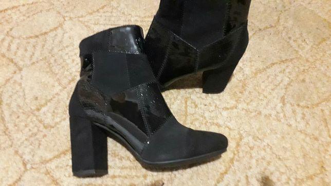 Стильные новые ботинки