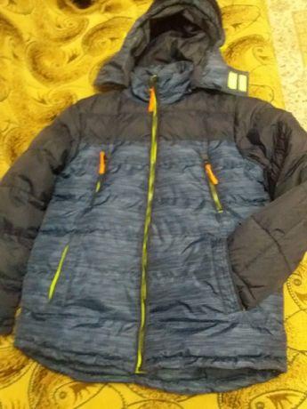 Продам подростковые зимние курточки