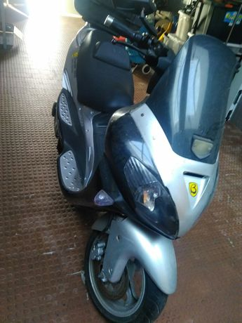 Maxi scooter  eletrica