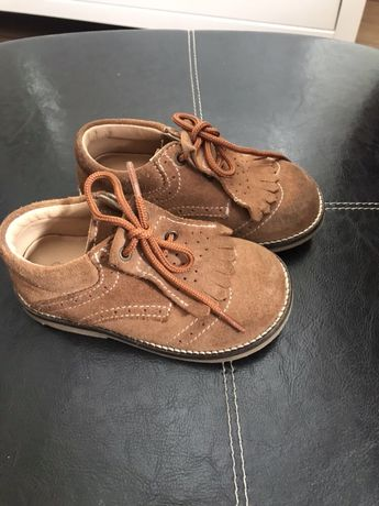 Sapatos chicco 22