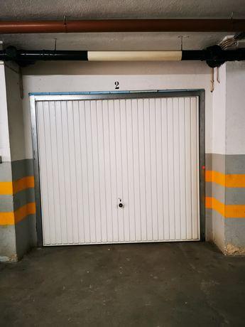 Garagem box charneca Caparica