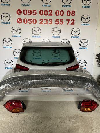 hyundai tucson 2019 2020 кришка багажника задній бампер стопи фонарь