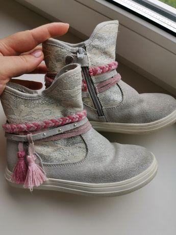 Ботиночки нарядные для девочки 26 р, стелька 17 см