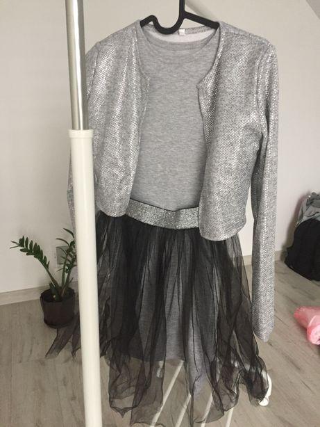 Плаття  тройка на ріст 146 см