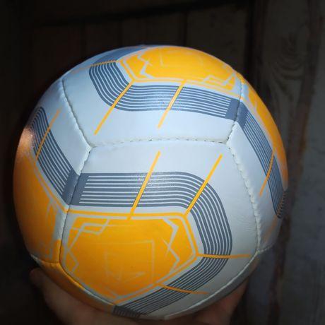 Мяч футбольный Пакистан, официальный  размер и вес 410 грамм
