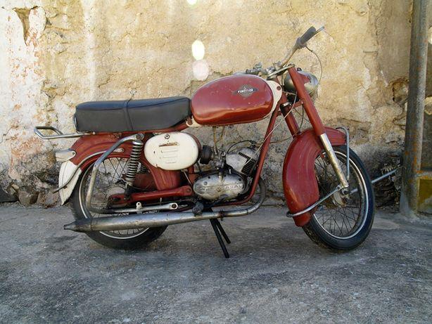 Casal Fundador 50 cc, 4v de 1967
