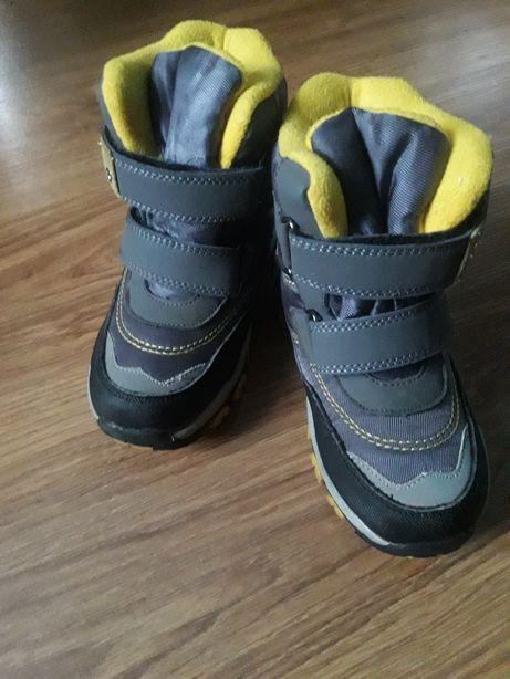 Зимние ботинки на мальчика!!!