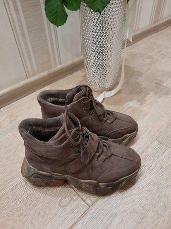 Зимнее кроссовки