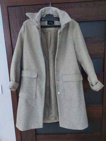 Płaszcz jesienno-zimowy damski Reserved