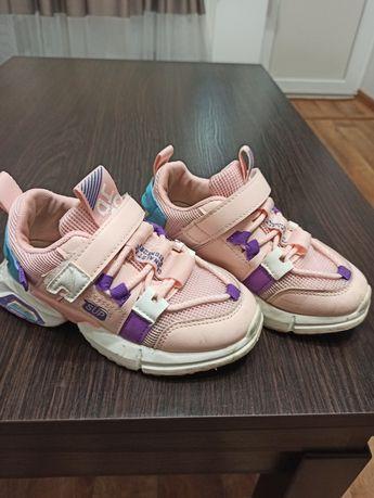 Продам кросовки 30размер