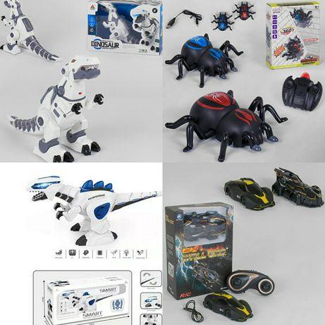 Антигравитационная машина, паук, робот, динозавр