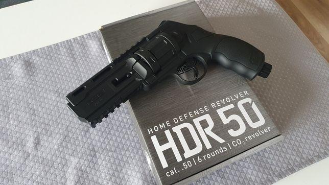 HDR 50 revolver CO2