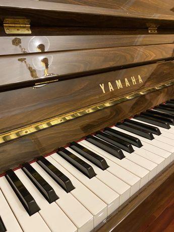 Продам піаніно YAMAHA C-109 PW