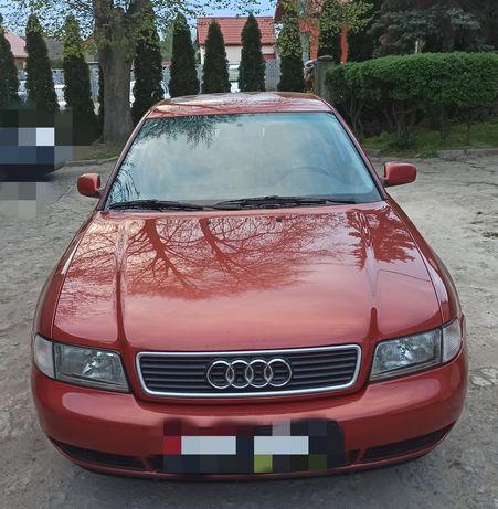 Audi A4 2,6l benzyna