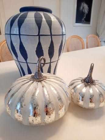 Dynia szklana srebrno-biała średnia