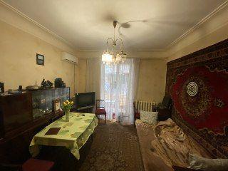 ПРОДАМ 2-х комнатную квартиру на 12-м Квартале (152 -ой дивизии)