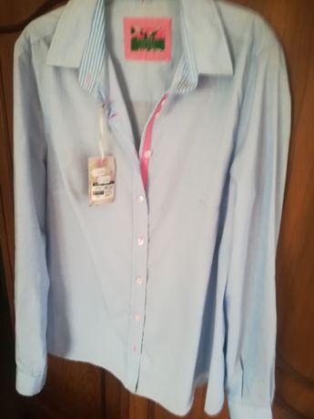 Camisa em azul claro