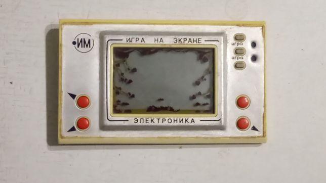 Продам игру електроника из серии Ну погоди -Лягушка ловит бабочек.