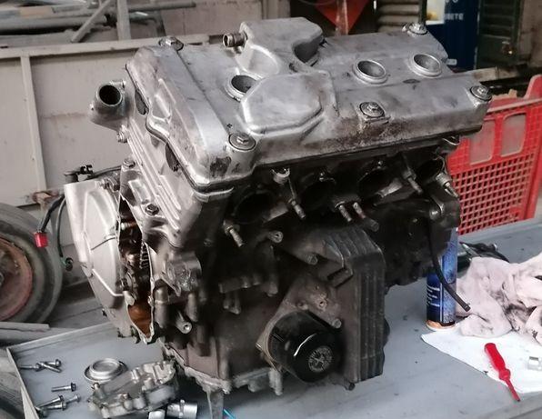 Motor Honda cbr 600f  PC025E hornet peças