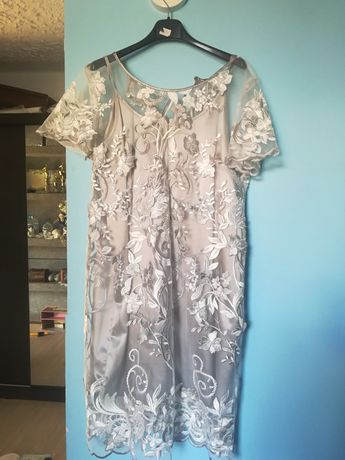 Nowa sukienka z halką rozmiar L/XL