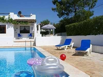 Vila de 2 quartos com piscina privada