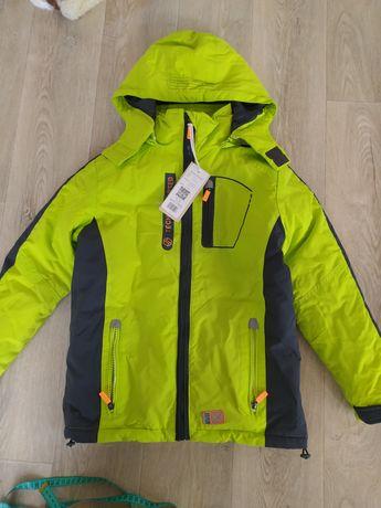 лыжная куртка термо куртка  с флисовой кофтой подстежкой 140рост