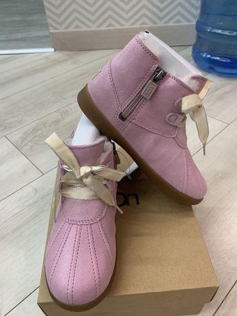 Ботинки сапоги зимние Ugg на девочку оригинал р 12 USA 29 евро
