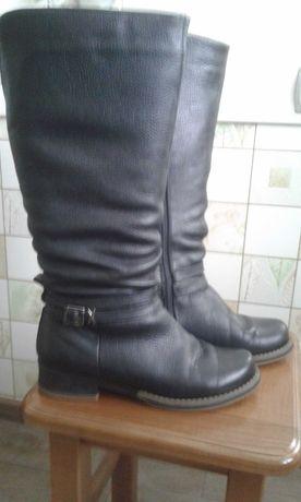 Продам чоботи жіночі шкіряні