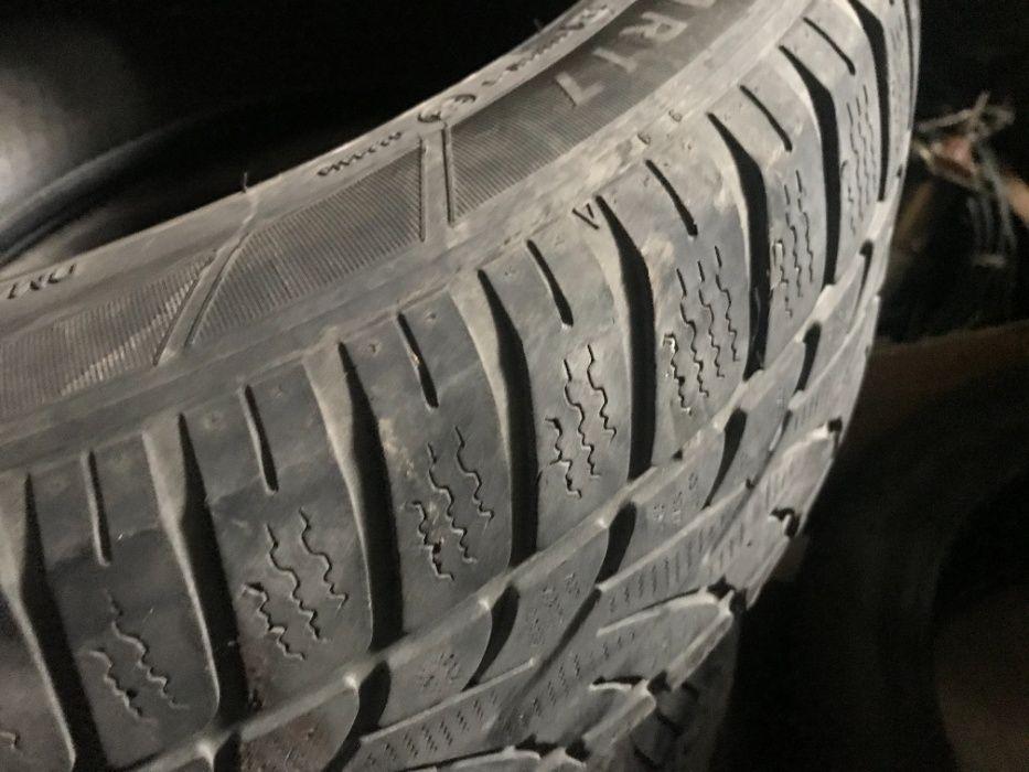 Продам зимові шини Dunlop 225/50 R17 Умань - изображение 1