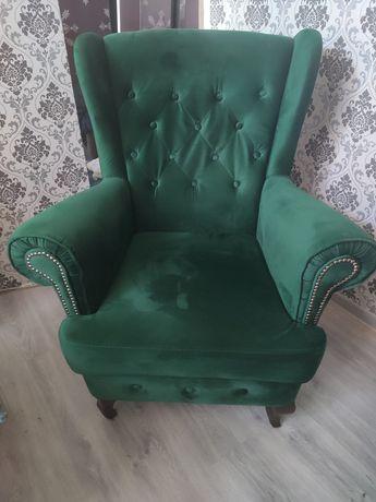 Komplet wypoczynkowy Chesterfield (fotel uszak, podnóżek, szezlong)