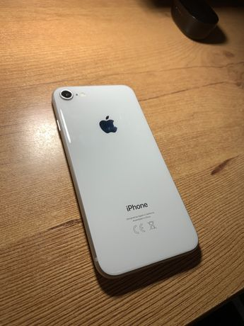 IPhone 8 64GB / STAN IGŁA