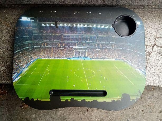 Podkładka podstawka na laptopa komputer stadion murawa mecz